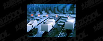 Recording console quality picture material