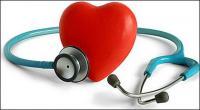 Stéthoscope et matériel de l'image en forme de cœur