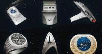 宇宙船、バッジ、光線銃アイコンを支払った